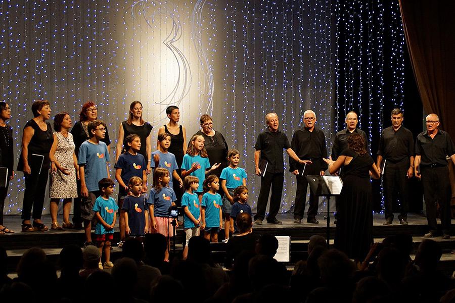 Concert intercoral amb Cor femení Cantaible de Chisinau, University of Santo Tomas Singers i Capella de Música Burés